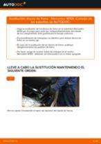 Cómo cambiar: discos de freno de la parte trasera - Mercedes W169 | Guía de sustitución