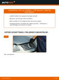 Hvordan man udfører udskiftning af: Oliefilter på 1.9 TDI VW Sharan 1