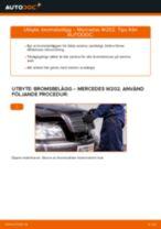 Byta Bromsbeläggssats skivbroms MERCEDES-BENZ C-CLASS: gratis pdf