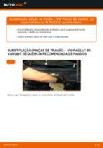 Como mudar pinças de travão da parte traseira em VW Passat B5 Variant gasolina - guia de substituição