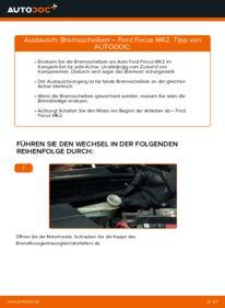 Wie der Wechsel durchführt wird: Bremsscheiben 1.6 TDCi Ford Focus mk2 Limousine tauschen