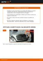 Como mudar discos de travão da parte dianteira em Mercedes W210 - guia de substituição