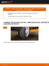 Jak provést výměnu: Palivový filtr na E 300 3.0 Turbo Diesel (210.025) Mercedes W210