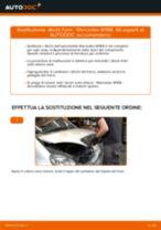 Come cambiare dischi freno della parte posteriore su Mercedes W168 - Guida alla sostituzione
