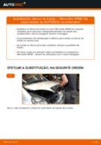Como mudar discos de travão da parte traseira em Mercedes W168 - guia de substituição