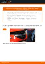 PDF med trinn for trinn-veiledning for bytte av MAZDA 3 Saloon (BK) Bremseklosser