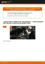 Udskift termostat kølemiddel - Ford Mondeo Mk3 sedan | Brugeranvisning