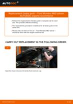 How to change Windshield wiper motor front and rear on VW Caddy 2 Van - manual online