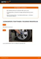 Slik bytter du stabilisatorstag bak på en Ford Mondeo Mk3 sedan – veiledning