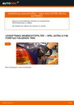Udskift brændstoffilter - Opel Astra G F48 | Brugeranvisning
