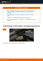 Slik bytter du bremseklosser bak på en Honda CR-V II – veiledning