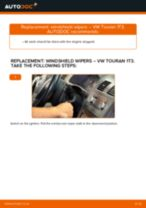 How to change rear windshield wipers on VW Touran 1T3 – replacement guide