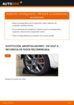 Cómo cambiar: amortiguadores de la parte trasera - VW Golf 6   Guía de sustitución