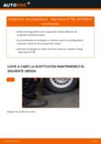 Cómo cambiar: amortiguadores de la parte trasera - Opel Astra G F48 | Guía de sustitución