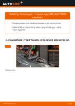 Montering Tennplugg TOYOTA AYGO (WNB1_, KGB1_) - steg-for-steg manualer