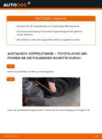 Wie der Wechsel durchführt wird: Koppelstange 1 Toyota Aygo AB1 tauschen