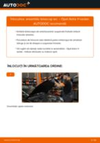Cum să schimbați: ansamblu telescop arc din față la Opel Astra H sedan | Ghid de înlocuire