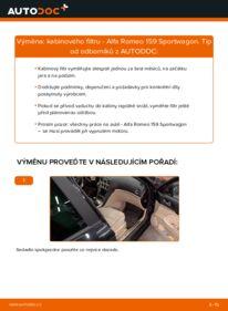 Jak provést výměnu: Kabinovy filtr na 1.9 JTDM 16V Alfa Romeo 159 Sportwagon