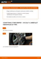 Skift af Fjäderben VW GOLF IV (1J1) - trin-for-trin vejledning