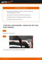 Slik bytter du vindusviskere fremme på en Nissan Leaf ZE0 – veiledning