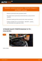 Jak wymienić ramię wycieraczki w VW Golf 5 - poradnik naprawy