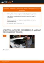 Slik bytter du kupefilter på en Mercedes W245 – veiledning