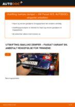 Slik bytter du bakluke demper på en VW Passat 3C B6 Variant – veiledning