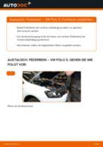 VW POLO Saloon Federbein ersetzen - Tipps und Tricks