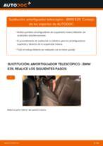 Cómo cambiar Tubo filtro de aire Audi A3 Sportback 8P - manual en línea