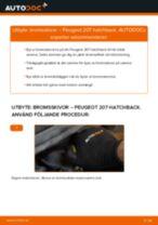 Byta bromsskivor fram på Peugeot 207 hatchback – utbytesguide