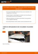 Hoe interieurfilter vervangen bij een Mercedes W203 – Leidraad voor bij het vervangen