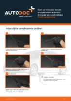 Cum se înlocuiesc lamele ștergătoarelor de parbriz din spate ale automobilului FORD MONDEO III