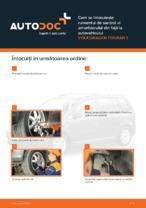 Cum se înlocuiește rulmentul de sarcină al amortizorului din față la autovehiculul VOLKSWAGEN TOURAN 1