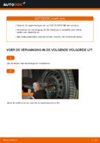 Hoe de voorste naaflager van een FIAT PUNTO 188 vervangen
