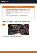 Hvordan bremseskiverne foran på VOLKSWAGEN PASSAT B5 (3BG, 3B6) udskiftes