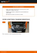 Hvordan man udskifter bremseklodser til skivebremser i for på VOLKSWAGEN TOURAN I (1T3)