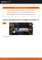 VOLVO V70 Oliefilter motor vervangen: online instructies