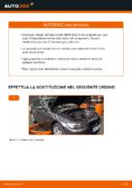 Come sostituire i dischi dei freni posteriori su una BMW E92