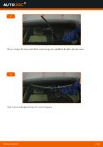 Como substituir as escovas do limpa para-brisa dianteiros em BMW E90