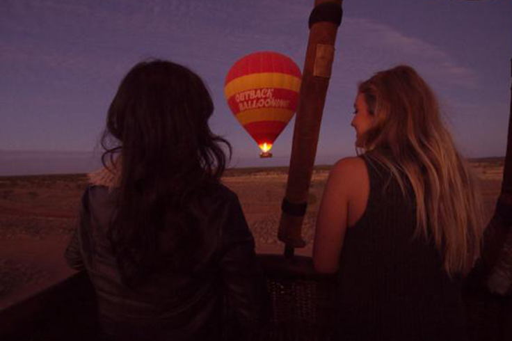 passengers on outback hot air balloon ride