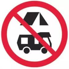 no freedom camping sign