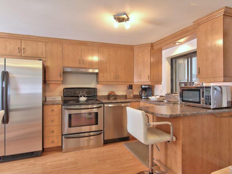 Cuisine, maison à vendre Laval