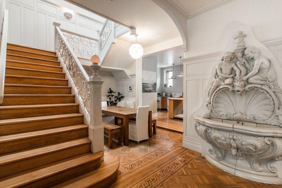 Joyau architectural de Montréal à vendre : offrez-vous la vie de ...
