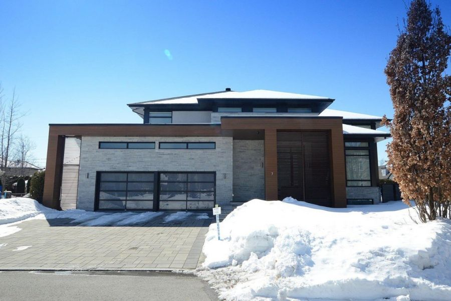 This Luxurious Property Has Everything You Need, And More: Heated  Infinity Edge Pool, Green Energy, Windows In Abundanceu2026 See For Yourself!