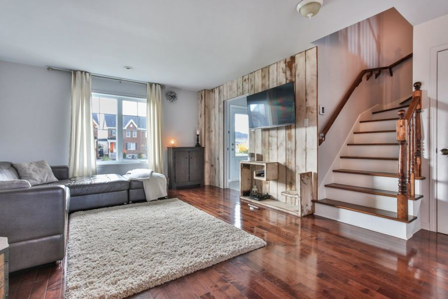 You Wont Believe The Incredible Wood Floors In This 2 Bedroom Home