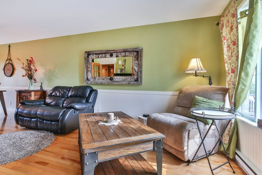 Will Discover The Living Room Kitchen Dining And Pretty Powder Both Have Wonderful Wood Floors