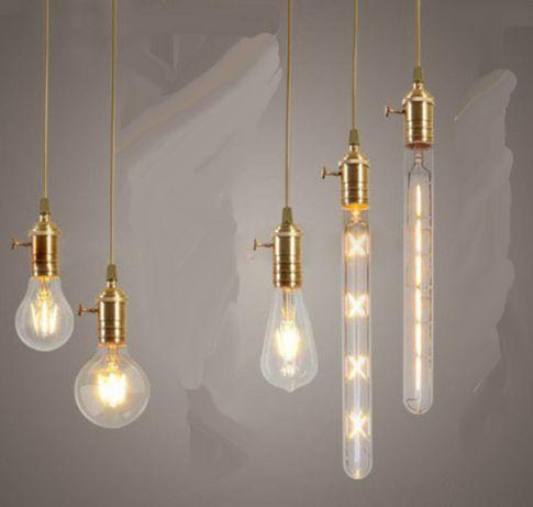 Luminaire à ampoules et spots fluocompacts DEL pour une maison écolo et confortable