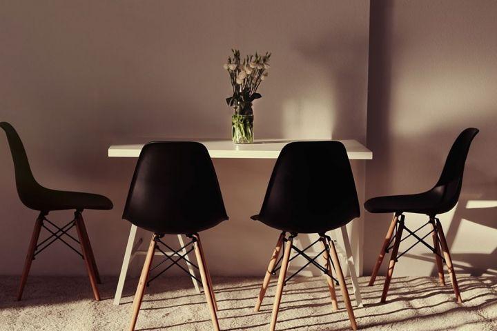 Changer complètement le style d'une pièce : les atouts des chaises de la salle à manger