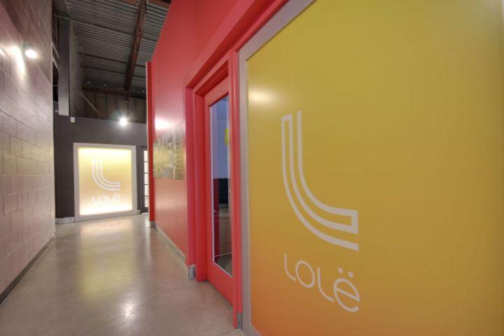 Visitez les bureaux du fabricant de vêtements de sport Lolë