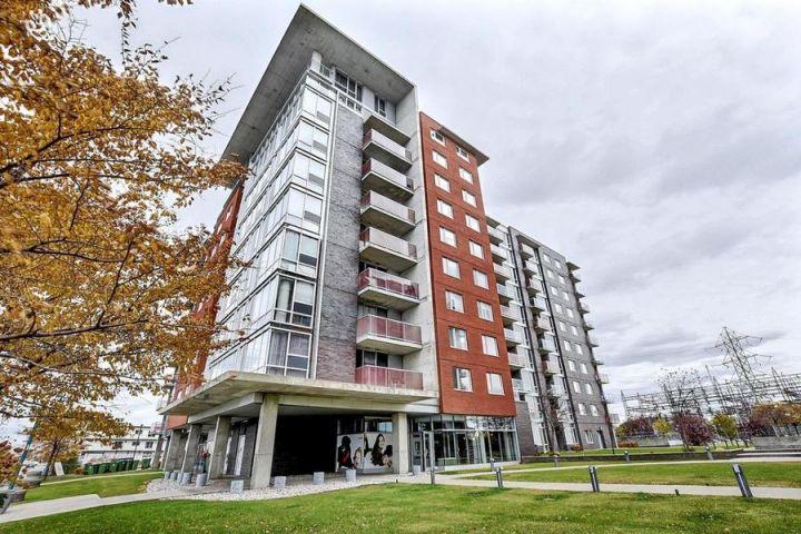 Un intérieur chic et invitant vous attend dans cette unité de condo clé en main de l'arrondissement Saint-Léonard de Montréal